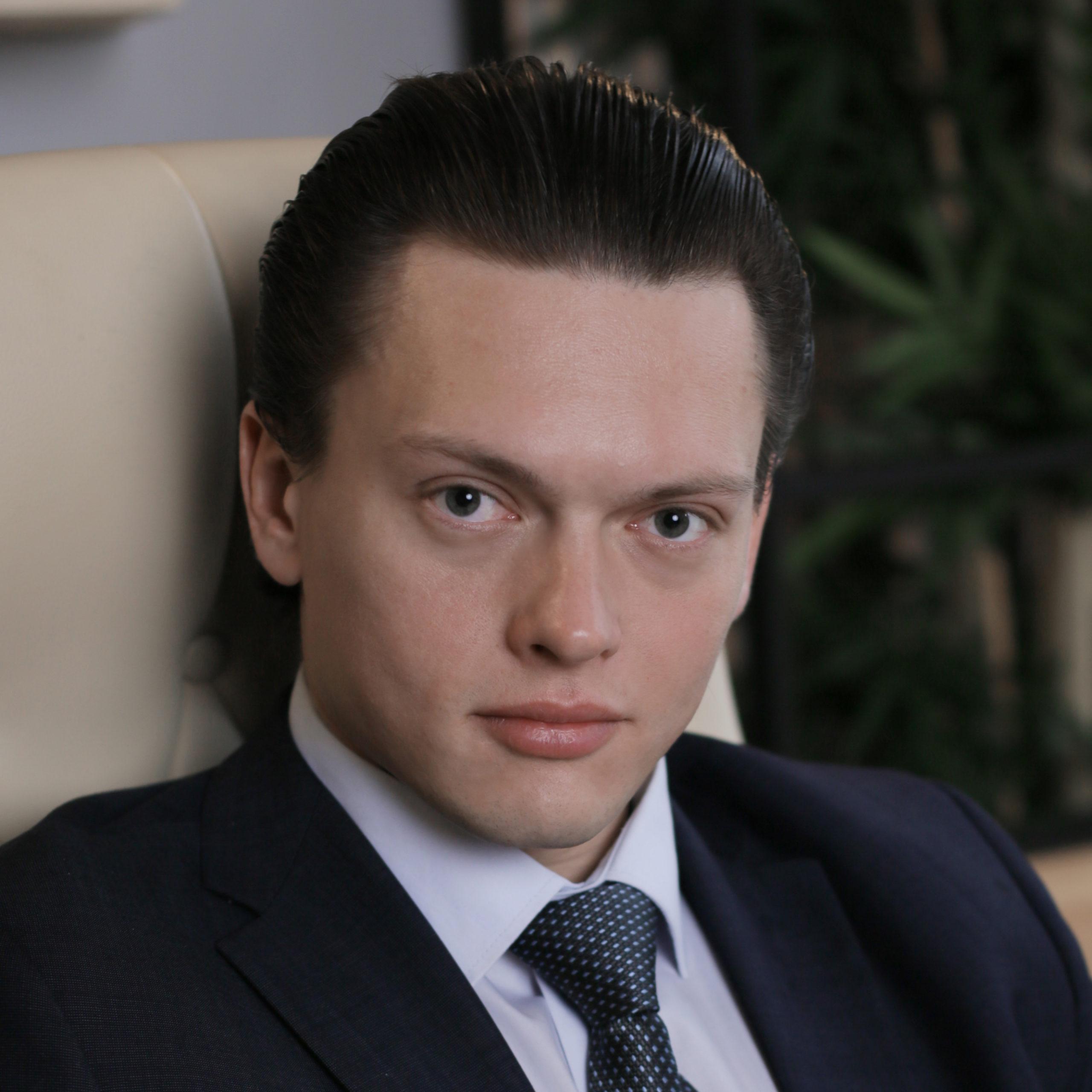 Кулаков Роман